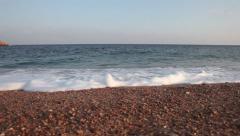 Atardecer desde la orilla del mar con movimiento de cámara (Traveling) Stock Footage