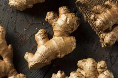 Raw organic ginger root Stock Photos