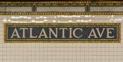 Atlantic avenue subway sign, brooklyn, new york Kuvituskuvat
