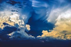 Storm on the horizon. scenic stormy cloudscape. Kuvituskuvat