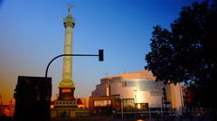 Sunset at Bastille monument and Opera in Paris, France Stock Footage