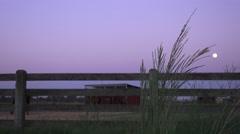 COWBOY RANCHER, moon over laidun aita Arkistovideo