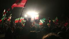 Crowds go crazy at PTI Azadi March Protest in Karachi, Pakistan Stock Footage