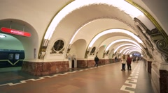 People at the St. Petersburg subway. Stock Footage