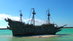 Pirate ship in the caribbean Stock Footage