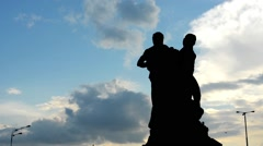 Statue with cloudy sky - high contrast - lapms - silhouette Stock Footage