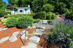 House with beautiful curb appeal and outdoor rest area. port orchard town, wa Stock Photos