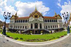 The grand palace at the emerald buddha temple Stock Photos