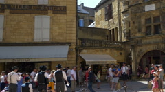 Street entertainers - Sarlat la Caneda - France Stock Footage