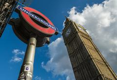 London transport logo and big ben Stock Photos
