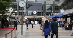 Ultra HD 4K Businessmen People Walking Canary Wharf London Business Office Build - stock footage