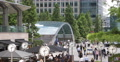 UltraHD 4K People Crossing Canary Wharf Square Business Area London Canary Wharf Footage
