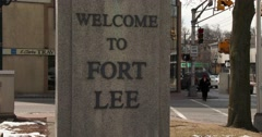 A sign welcomes visitors to Ft. Lee, New Jersey. Stock Footage