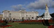 Stock Video Footage of Ultra HD 4K London Landmark Buckingham Palace Victoria Memorial Elizabeth Queen
