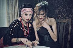Gypsy fortune-teller cards spells Kuvituskuvat
