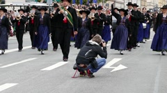 MUNICH BEER FESTIVAL OKTOBERFEST OCTOBERFEST 2014 Photographer shooting parade - stock footage