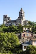 France, Auvergne, Saint-Nectaire with church Stock Photos