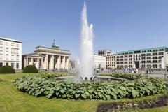 Germany, Berlin, Pariser Platz, Brandenburg Gate, Fountain Stock Photos