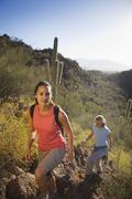 Two Women Hiking, Saguaro National Park, Tucson, Arizona USA Kuvituskuvat