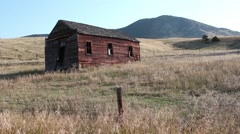 Old cabin along the Nez Perce trail Stock Footage