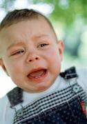 Toddler crying, close-up Kuvituskuvat