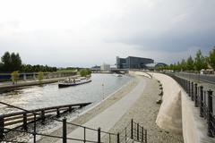 Germany, Berlin, the River Spree, Berlin Hauptbahnhof (Berlin's main railway Stock Photos