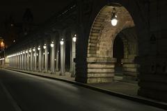 France, Paris, Pont Bir Hakeim bridge at night Stock Photos