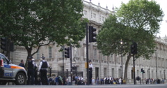 Police at Downing st prepare for Chinese demo 4K Stock Footage