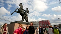 "View of the monument ""The Taming of Horses"" at Anichkov Bridge. Stock Footage"