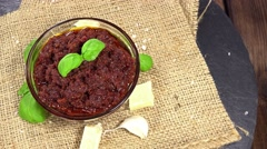 Homemade tomato pesto (loopable) Stock Footage