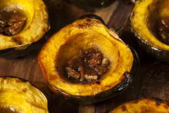 Homemade roasted acorn squash Stock Photos