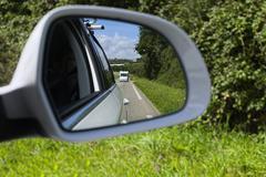 Wing mirror of a car,  Caravan Kuvituskuvat