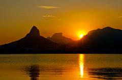 Sunset Behind Mountains in Rio de Janeiro Kuvituskuvat