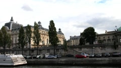 Along the Seine on a pleasure boat. Musee d'Orsay, time lapse.  Paris Stock Footage
