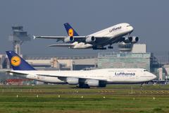 Lufthansa airplanes at frankfurt airport Stock Photos