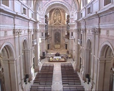 Church of the Mafra Palace in baroque architecture + tilt up / tilt down Stock Footage