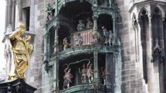 Famous Icon Marian Column Mariensaule Rathaus Glockenspiel Munich New Town Hall Stock Footage