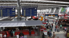 Busy Crowded Munich Railway Terminal Station Voyager Tourist Travel Commute Ride Stock Footage