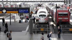 People Arrival Platform Munich Railway Station European Intercity Express Trains Stock Footage