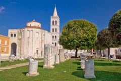 Historic roman artefacts on zadar square Stock Photos