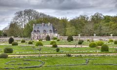 chancellery from the diane de poitiers garden of chenonceau castle - stock photo