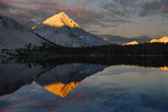 USA, California, Ansel Adams Wilderness Area, Inyo National Forest, Arrow Peak Stock Photos