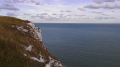 Blue North sea an the White cliffs of Dover Stock Footage
