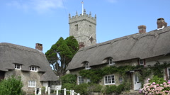 Thatched cottages, godshill, isle of wight, england Stock Footage
