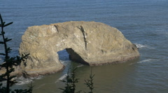 Arch Rock, Southern Oregon coast (zoom out) Stock Footage