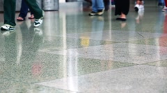 The airport in Denver Colorado, the movement of the feet of passengers Stock Footage