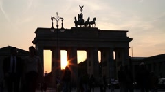 Traffic at brandenburger gate Stock Footage