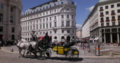 UHD 4K Vienna Old Town Michaelerplatz Sightseeing Horse Carriage Street Day Stock Footage