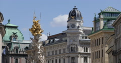 UHD 4K Pestsaule Plague Column Graben Vienna Palais Equitable Mansion Building Stock Footage