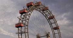UltraHD 4K Ferris Wheel Circle Around Entertainment Place Vienna Pleasure Fun Arkistovideo